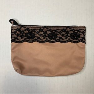 FREE WITH PURCHASE Ipsy Glam Nude Makeup Bag